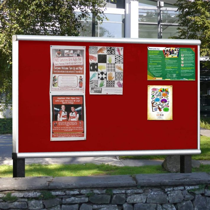 SCROLL_Post_Mounted_Noticeboard_No_Header_Zoom__31167
